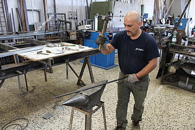 De Prosperis fabbro battitura ferro